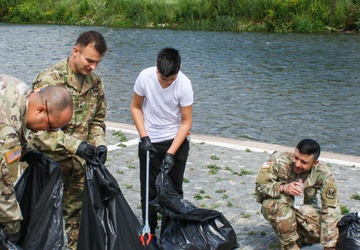 KFOR and Kosovo community members unite for river cleanup