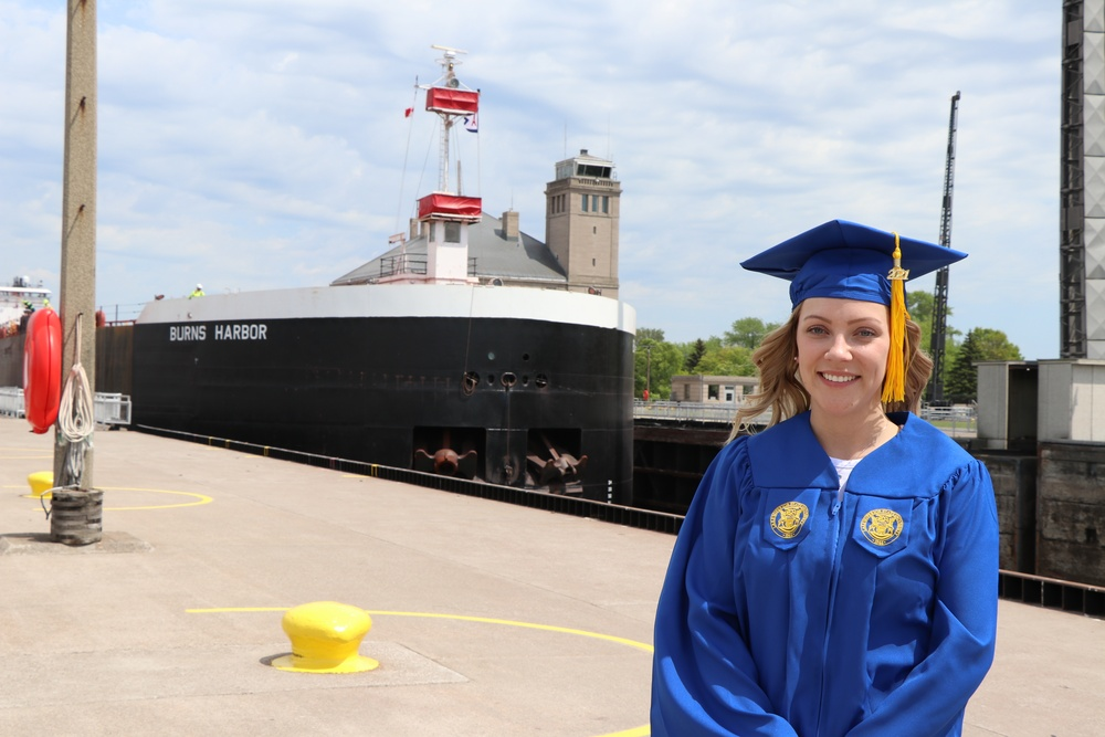 Corps of Engineers student trainee heads to med school