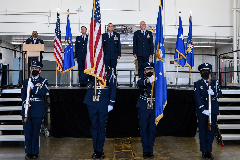 New 910th commander comes home