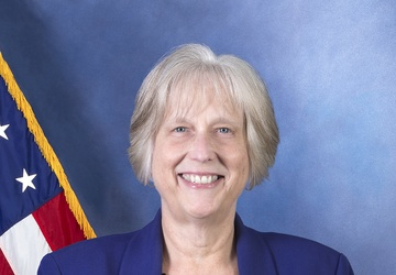 NUWC Keyport employee, Houston native retires after 36 years of federal service