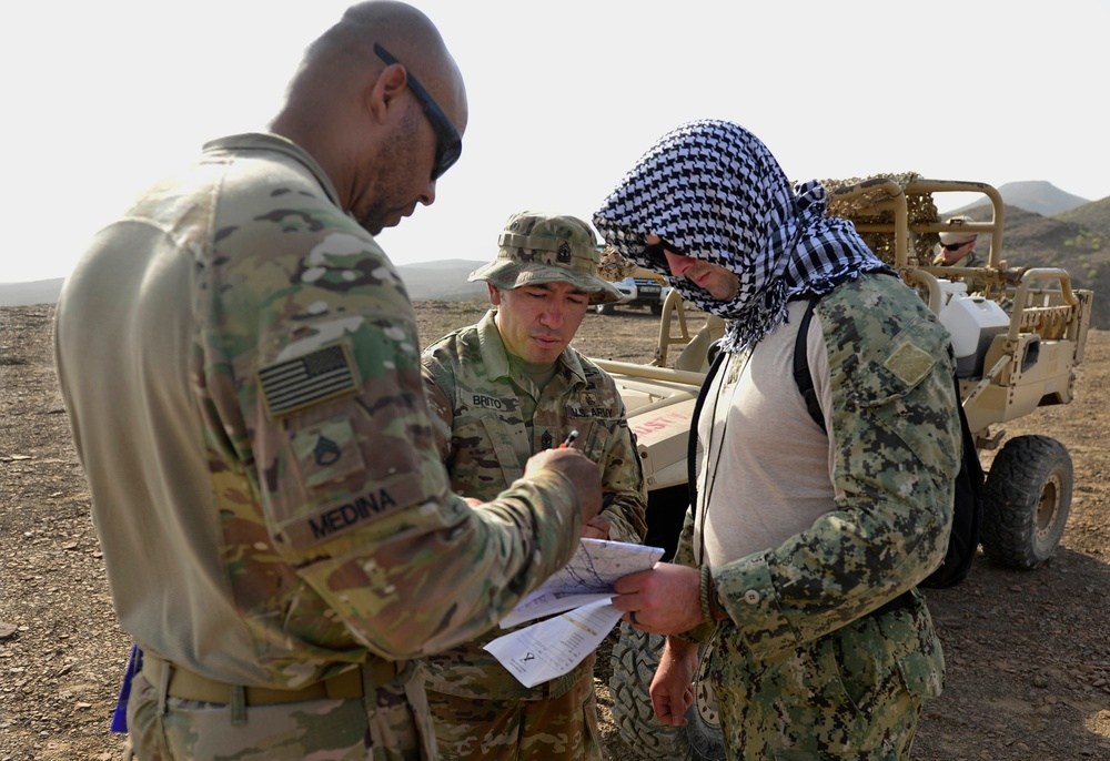 Army teaches Land Navigation to Navy