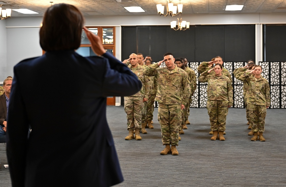 Cheers to new 14th MDG commander