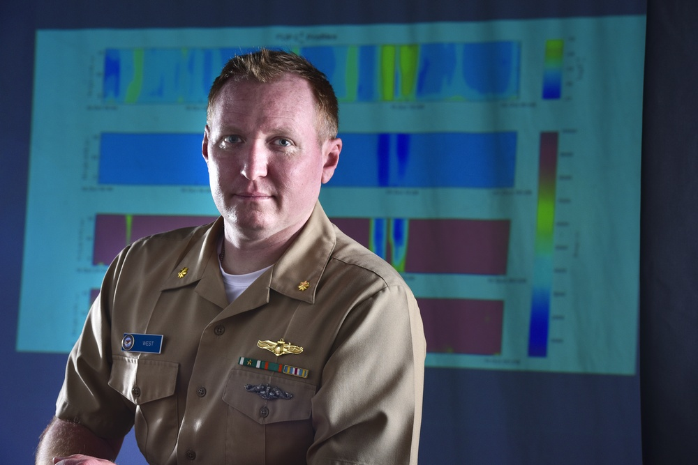 NPS Student Wins Prestigious National Award for High-Energy Laser Research