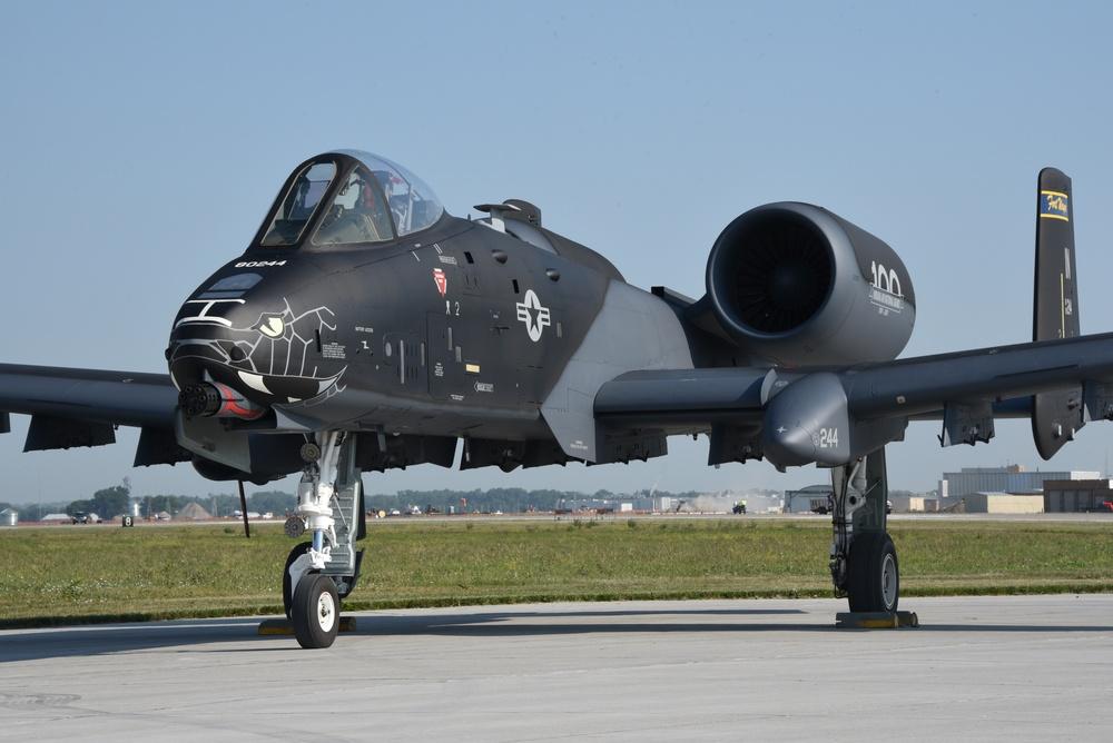 Black and grey Thunderbolt II