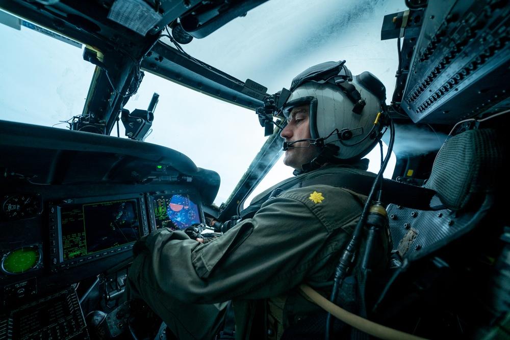 HSC-4 Flies Over Vinson