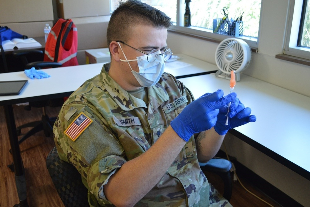 Cleveland Guardsman utilizes medic skills during COVID-19 mission