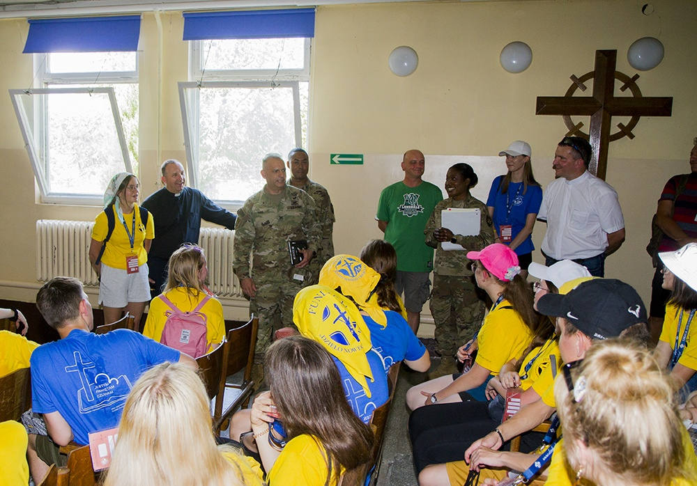 50th Regional Support Group hosts base tour for Polish Students