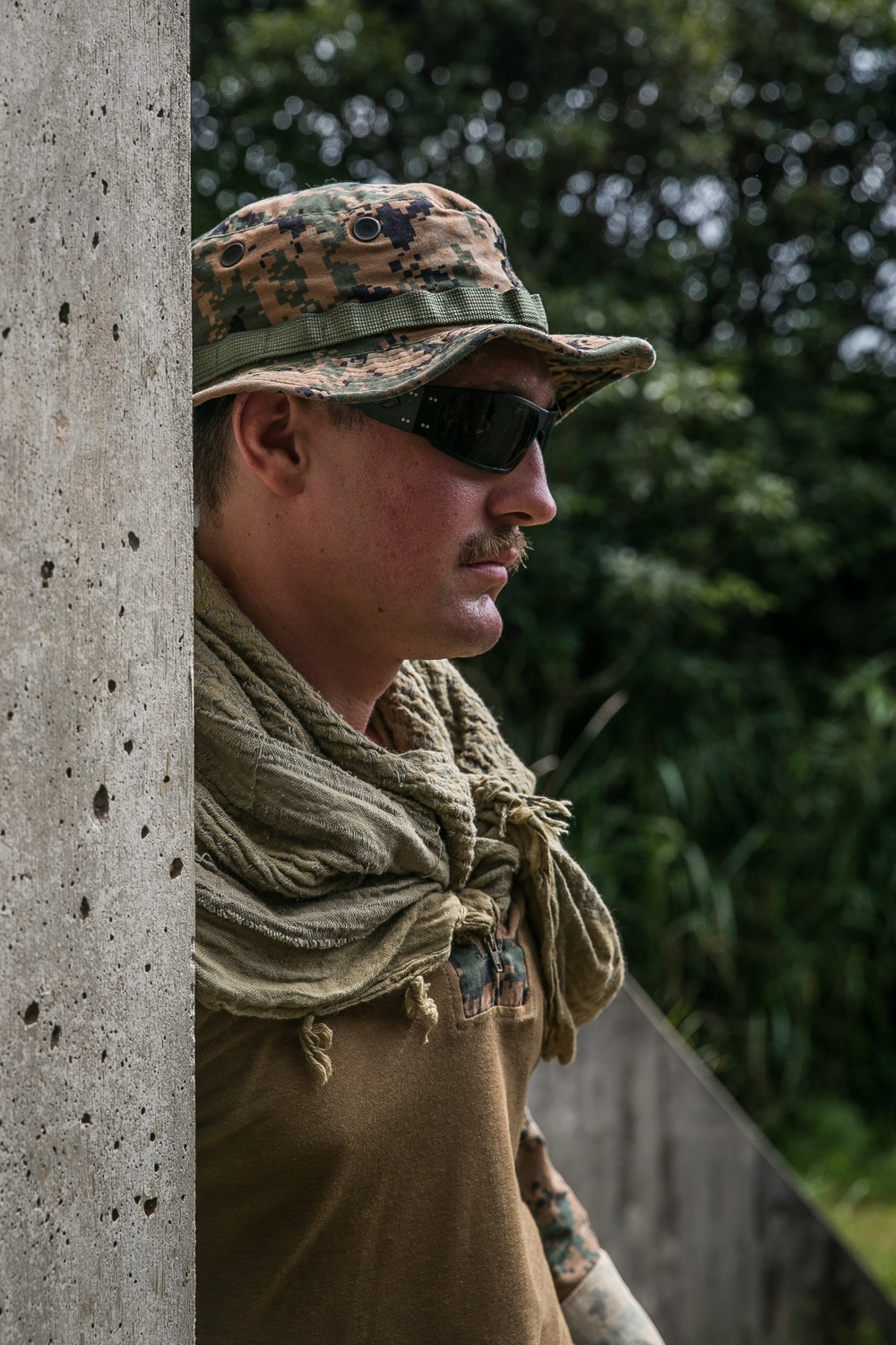 Fire in the Hole!   Marines with 3d MLG conduct EOD Operations