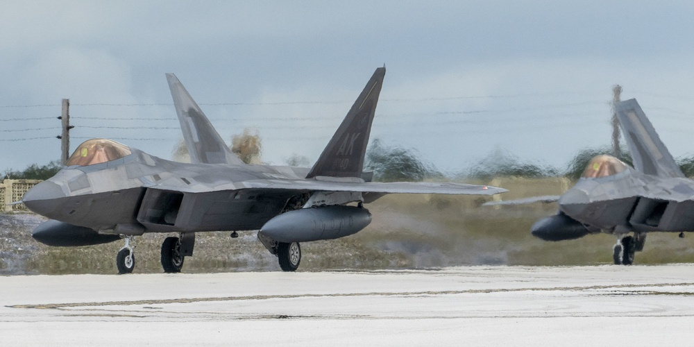 F-22 Raptors arrive in support of Pacific Iron 2021