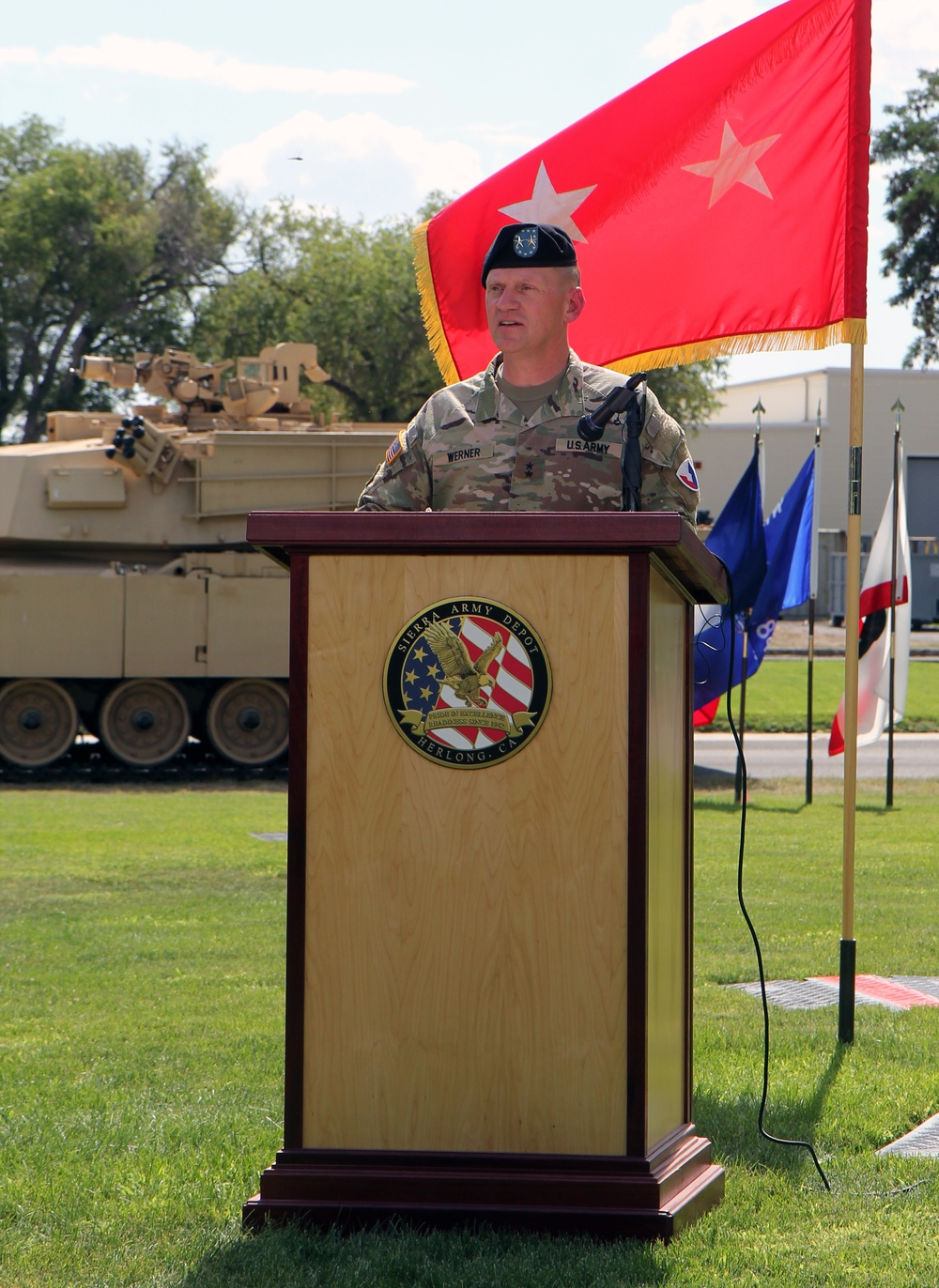 Sierra Army Depot changes command