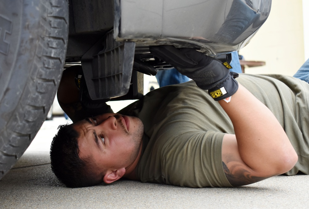 Presidio of Monterey law enforcement, security personnel sharpen vehicle search skills