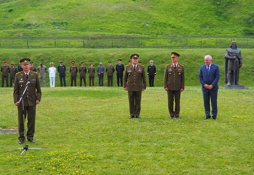 Lithuanian army conducts Logistics Board change of command