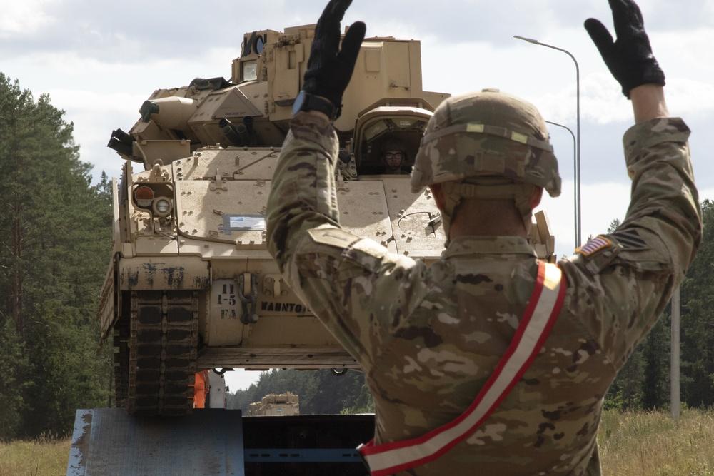 """""""Burt's Knights"""" Off-Load M2A3 Bradleys"""
