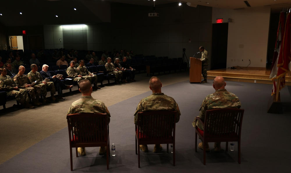 1st AML conducts change of command ceremony