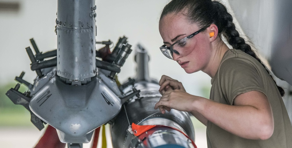 122nd Fighter Wing Weapons Load Crew of the Year