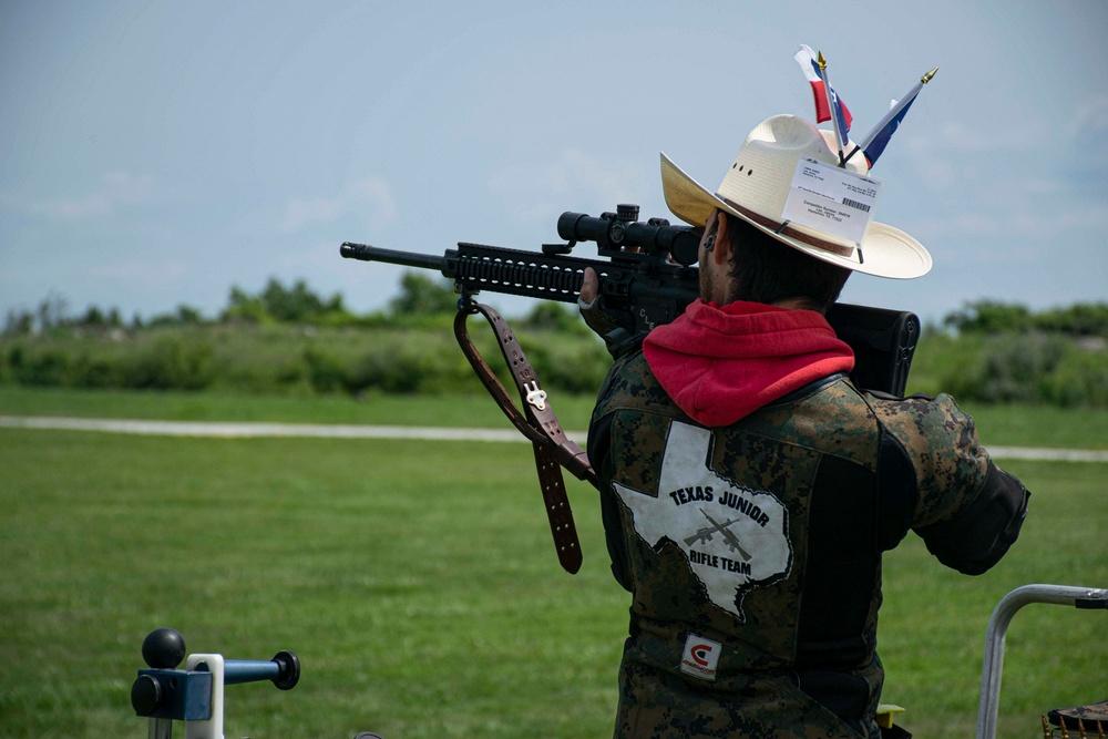 USMC Shooting Team Coaches the Future
