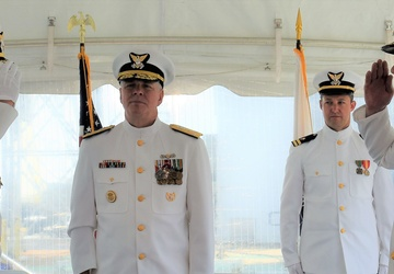 New commander at helm of USCGC Hamilton (WMSL 753)