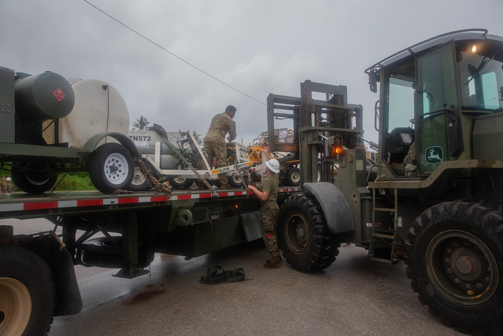 U.S. Marines Move Equipment from the USNS Dahl as part of Exercise Freedom Banner