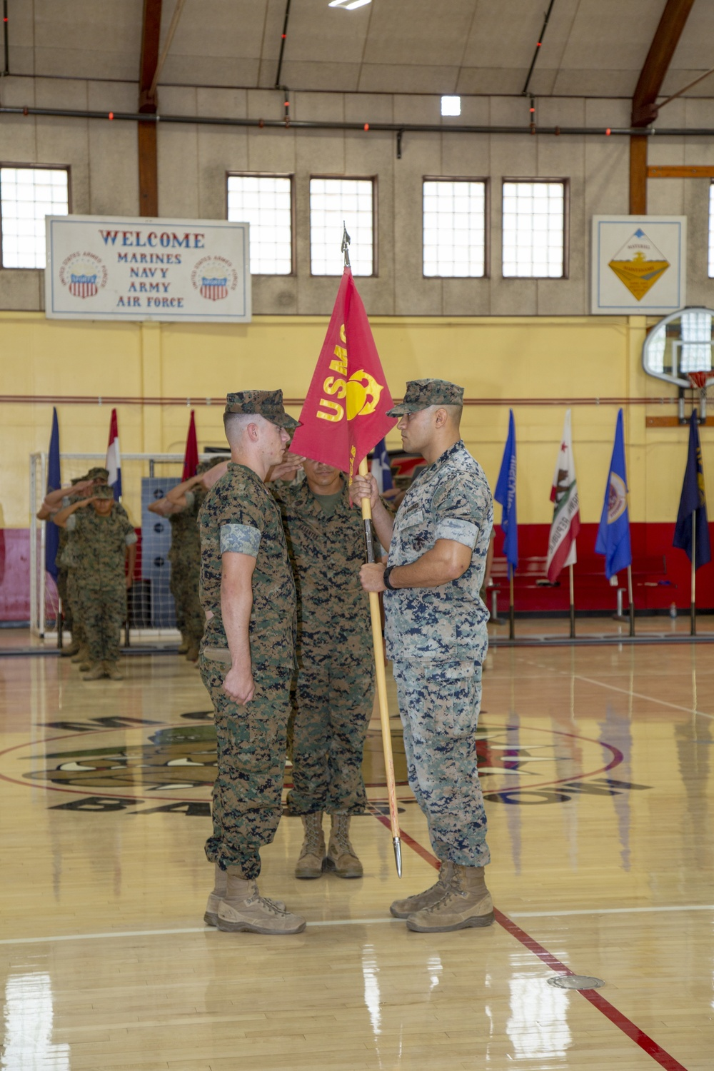 MCLB Barstow holds Battalion Change of Command