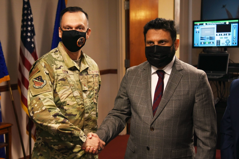 Sheikh Abdularahman Abudlaziz Al Hussaini, visits Sheppard AFB