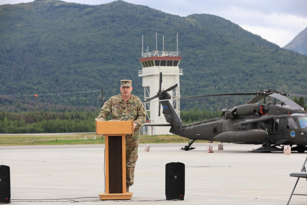 207th Aviation Regiment changes leading noncommissioned officer