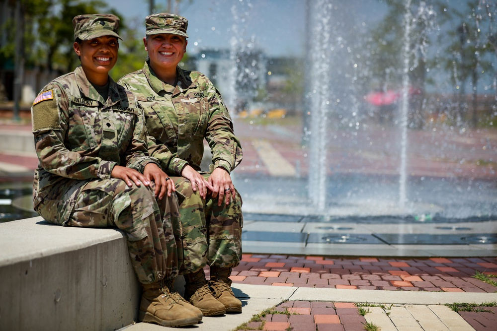 WOMEN'S EQUALITY DAY RESONATES WITH MOTHER, DAUGHTER ARMY DUO