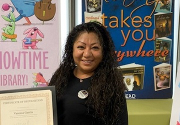 Vanessa Tzorin-Stacy earns Employee of the Quarter