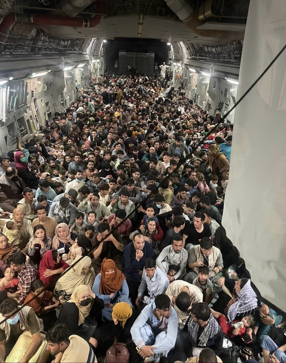 C-17 carrying passengers out of Afghanistan