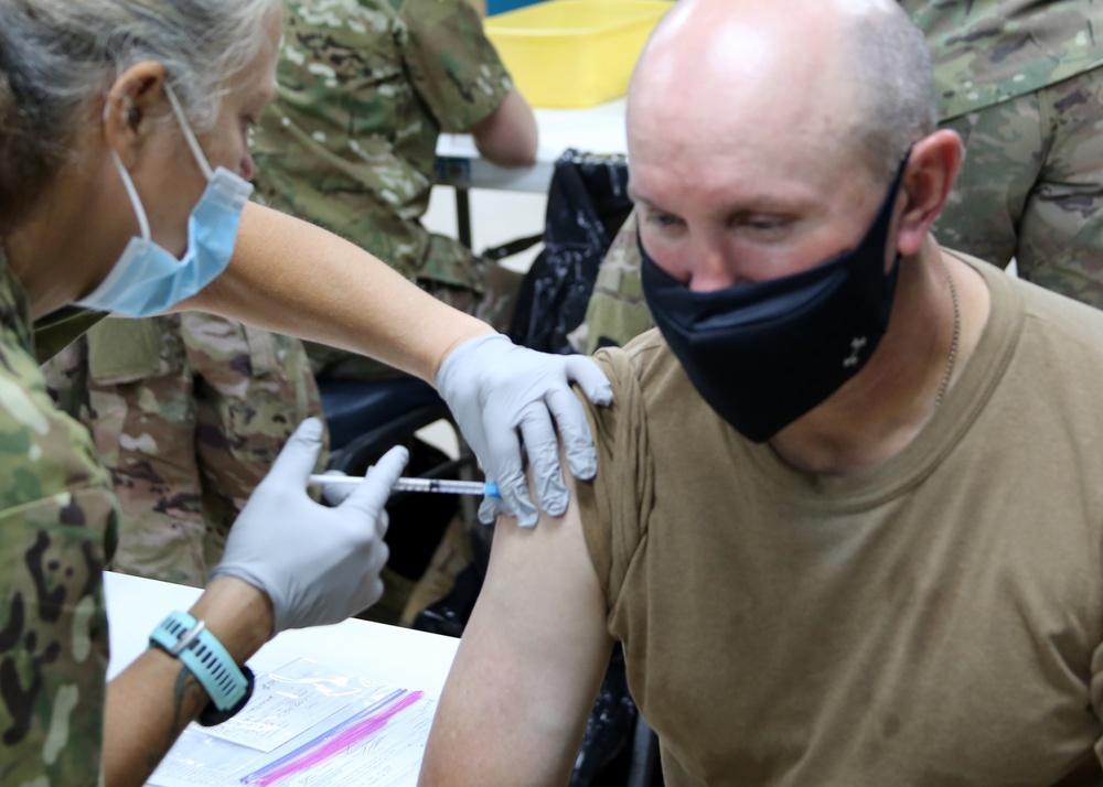 Australian general joins Soldiers, civilians at 'Desert Medic' vaccine rodeo