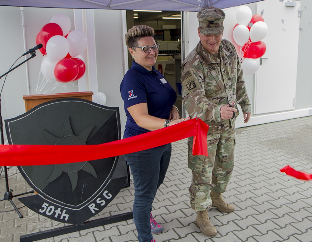 AAFES and Florida Guardsmen celebrate new facility with ribbon-cutting ceremony in Poland