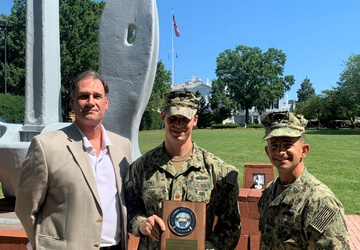 Lt. Cmdr. Thomas Dill honored as NAVFAC Washington Military Engineer of the Year.