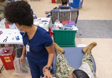 Sailors participate in a blood drive
