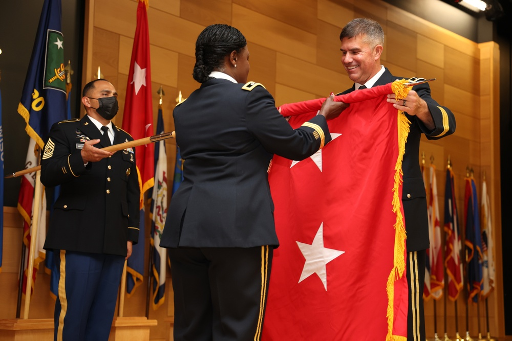 Munera promoted to major general during ceremony on Aberdeen Proving Ground