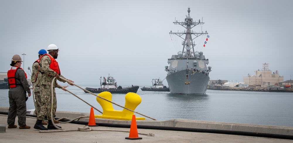 Naval Surface Warfare Center, Port Hueneme Division Receives USS Gridley (DDG 101) as One of Four Combat Systems Assessment Team Events in July