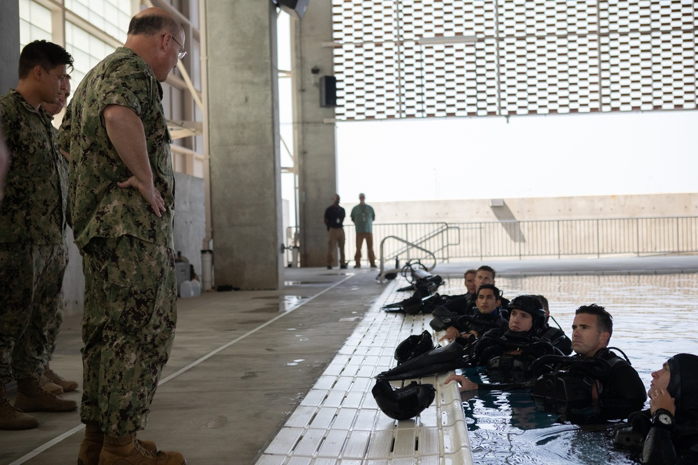 CNO Visits Naval Special Warfare Command