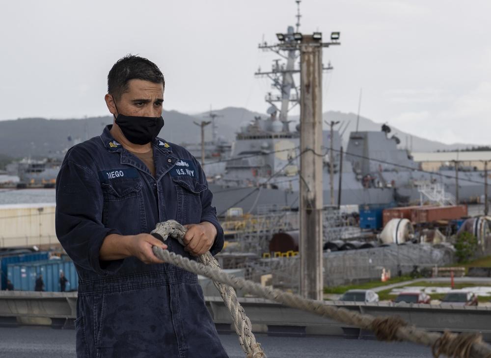 USS Jackson (LCS 6)  pulls into Guam