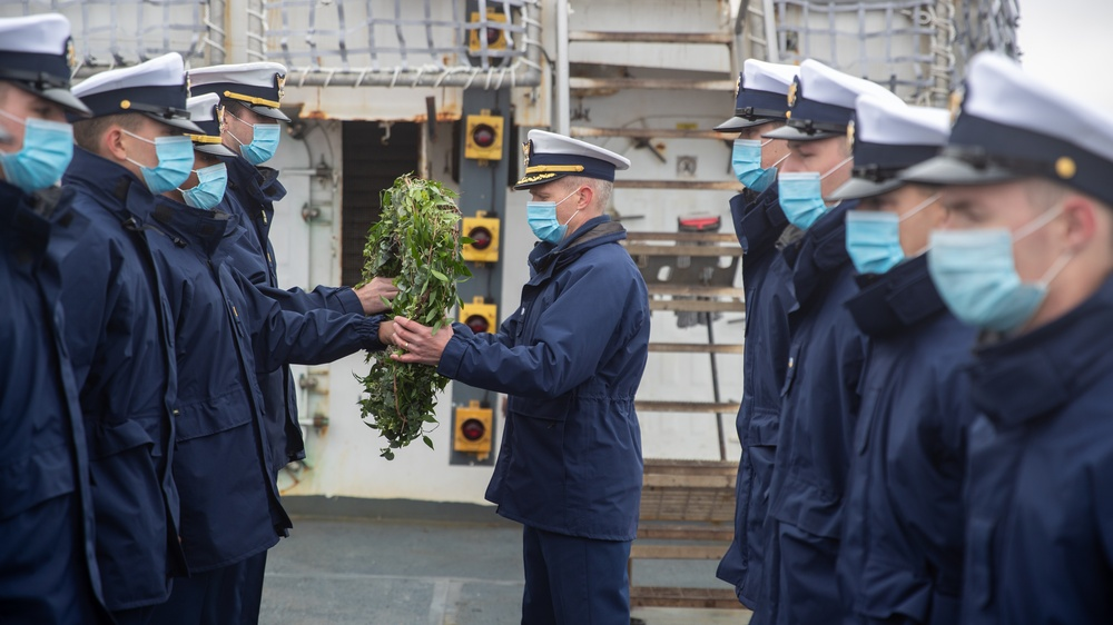 Escanaba wreath ceremony