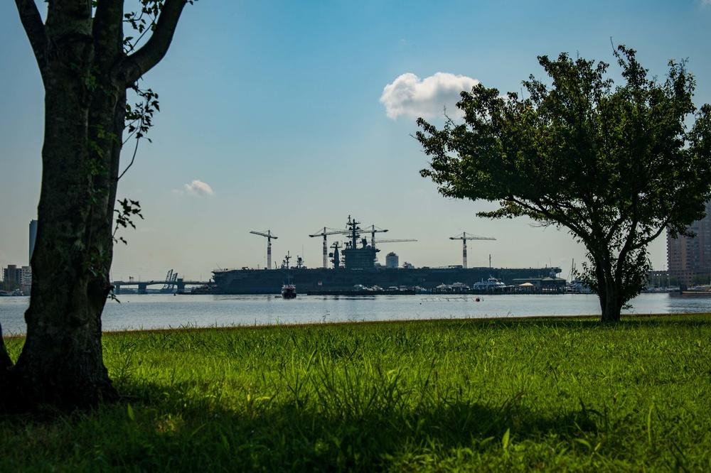 Ike Conducts Maintenance at Norfolk Naval Shipyard