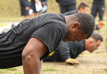 2-34th Armored Regiment conducts ACFT at DPTA