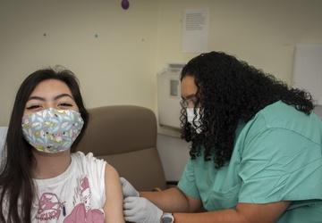 BAMC expands COVID-19 vaccine program to inpatients