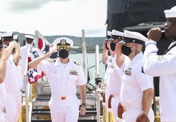 USS Oklahoma City Changes Command