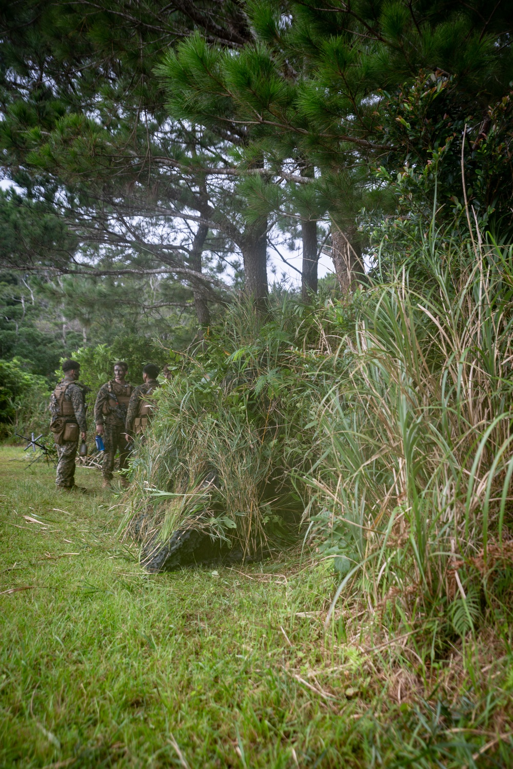 Marines with Kilo Company BLT 3/5 camouflage a COC