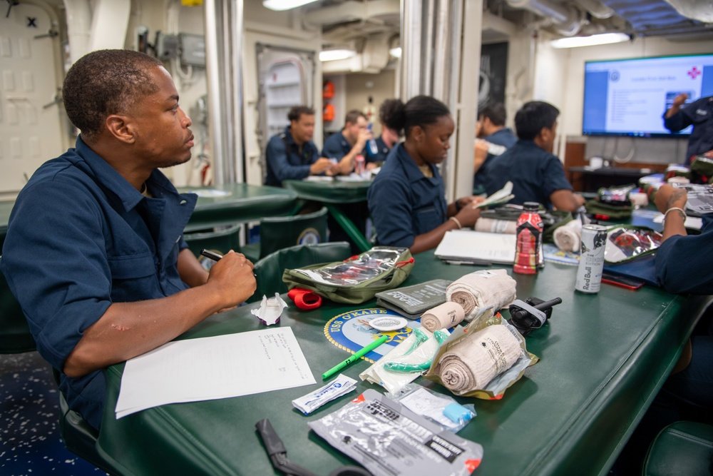 USS O'Kane (DDG 77) Conducts Casualty Training
