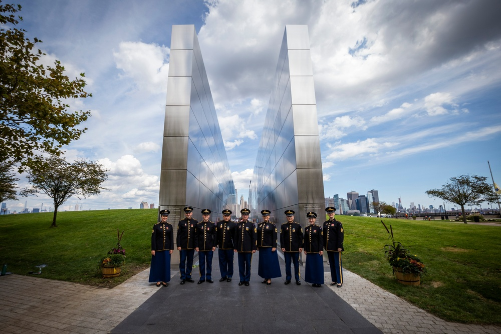 U.S. Army Soldiers' Chorus at Empty Sky Remembrance Ceremony