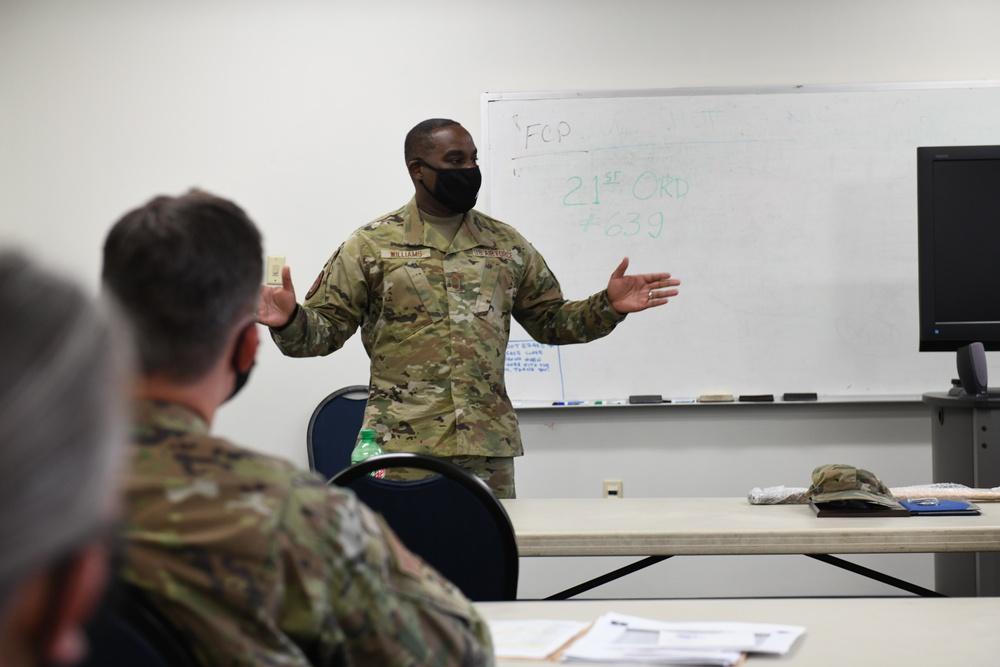 Command Chief Master Sgt. Maurice L. Williams Visist the North Carolina Air National Guard