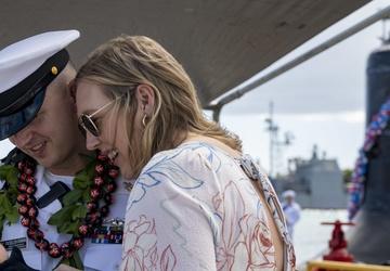 USS Illinois Returns from Deployment