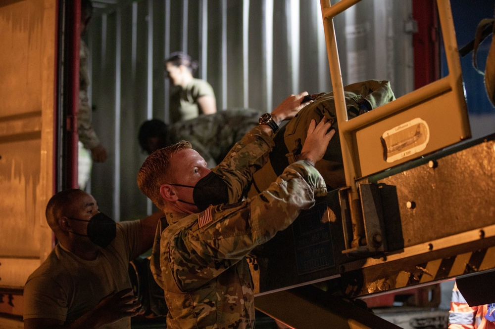 V Corps arrives in Germany for final certifying training event