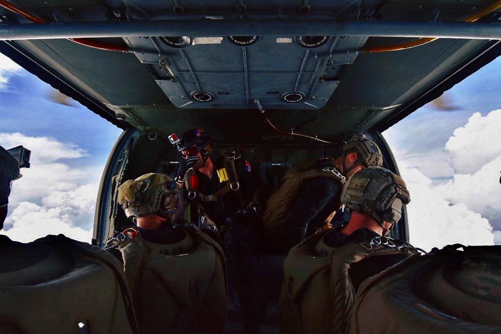 1st SGF (A) conduct military freefall jump
