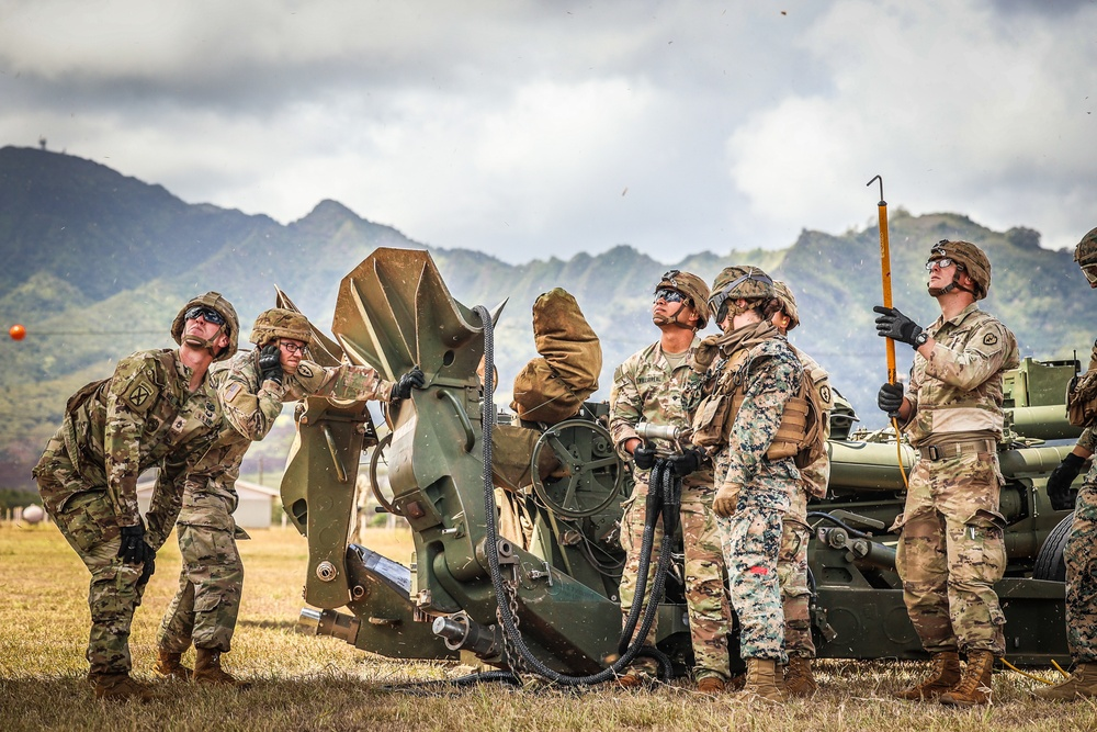 25TH DIVARTY 'STEEL CRUCIBLE' Partnership - Marines and Army Joint Air Assault Training