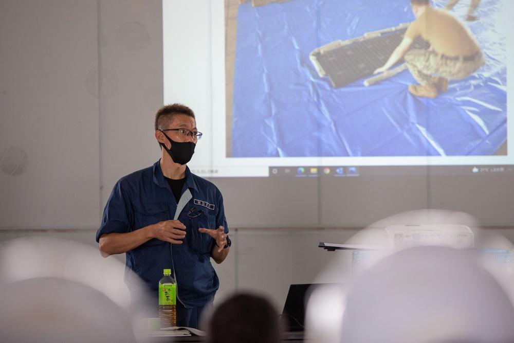 Spill Containment: U.S. Navy Sailors conduct hazardous substance training